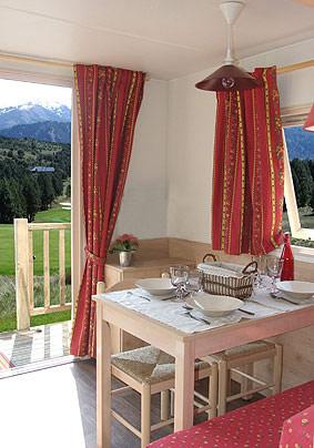 Camping Les Airelles Roulotte des Alpes