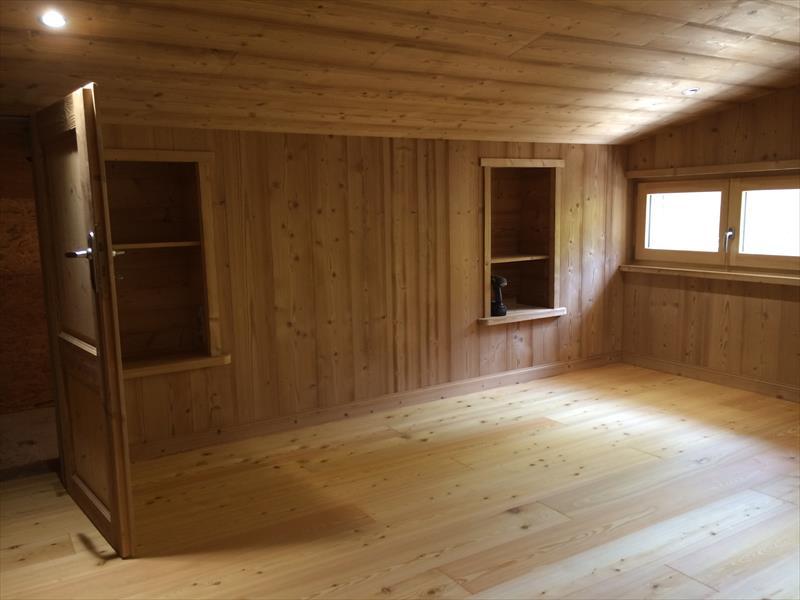 menuiserie int rieure escalier meubles parquet boiserie davin charpentes hautes alpes. Black Bedroom Furniture Sets. Home Design Ideas